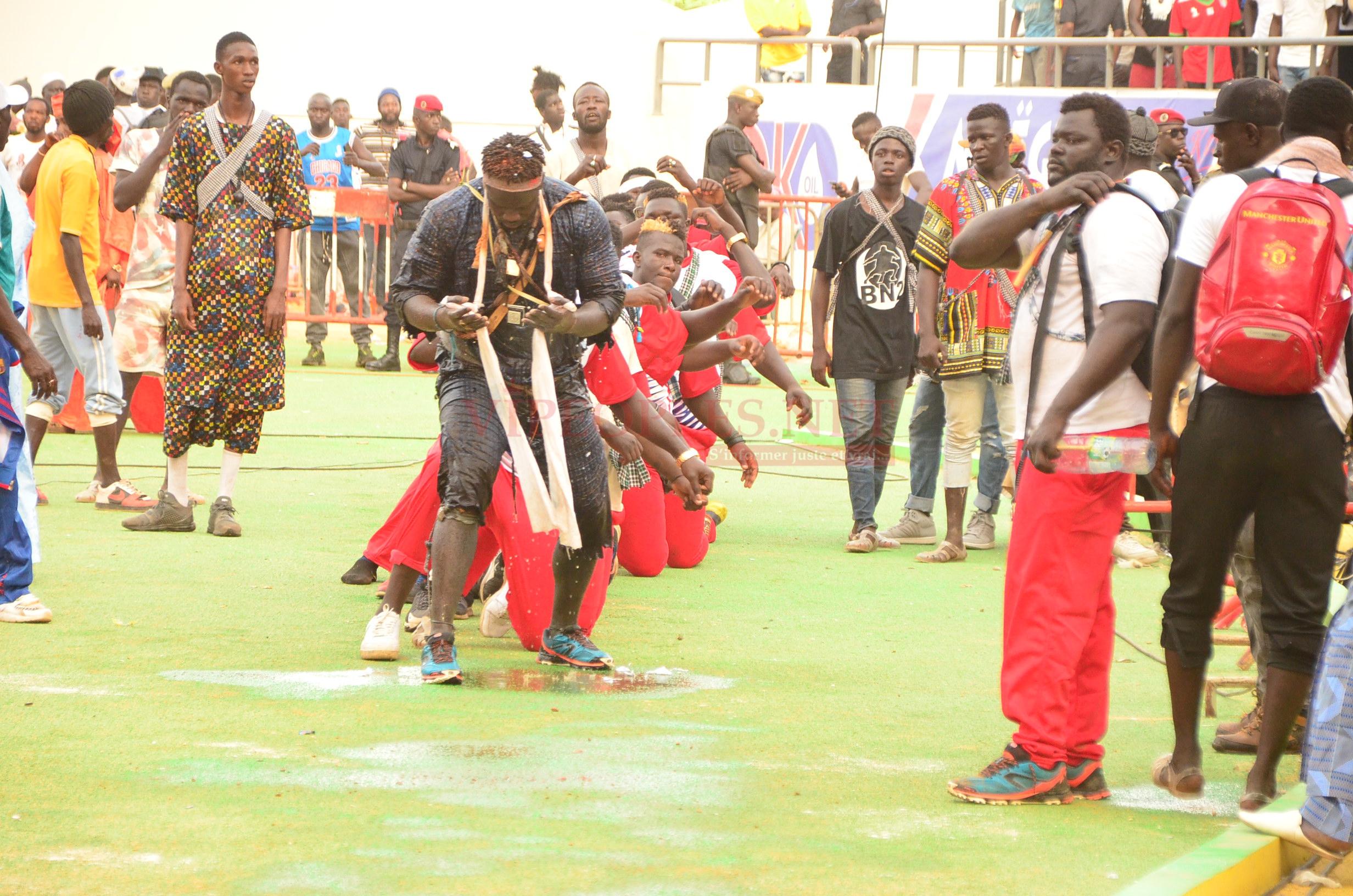 TOUSS DE BOY NIANG 2: L'intégralité des images à l'aréne national un combat Baye Ndiaye Al Bourakh Events