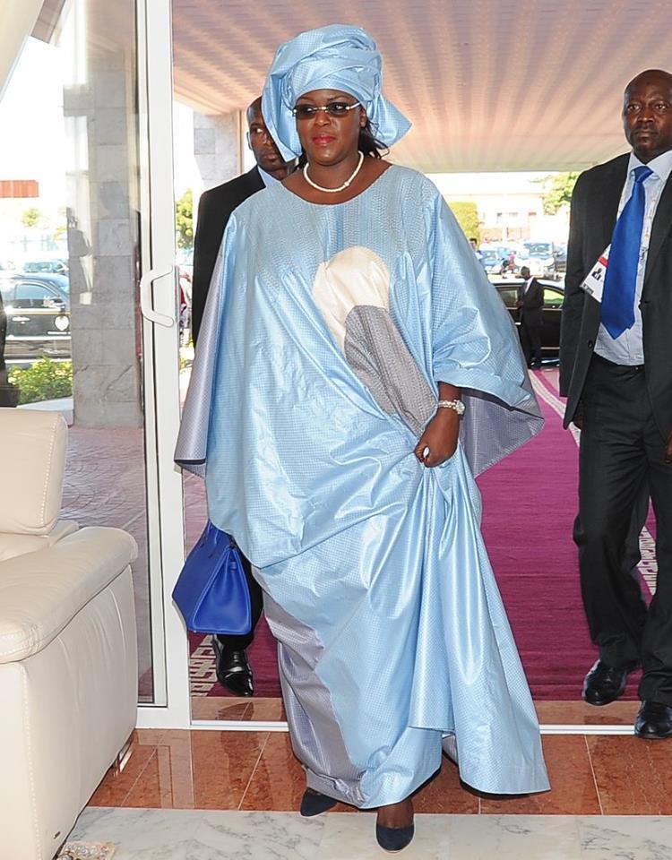 Une premiére dame pas comme les autres: Marième FAYE SALL La sainte conseillère et épouse dévouée de son mari de Président