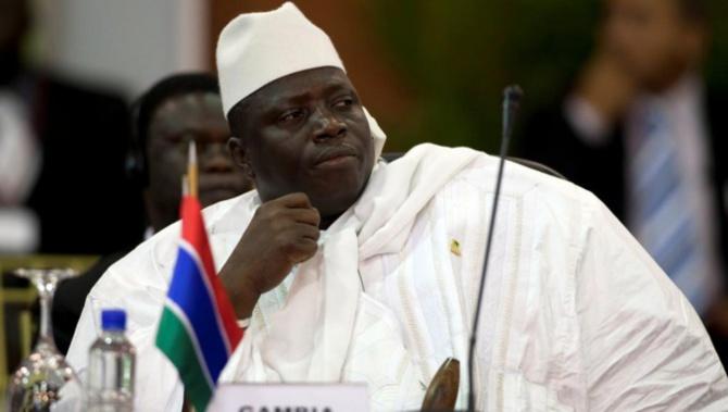Gambie: l'ex-président Jammeh accusé d'avoir fait assassiner Deyda Hydara