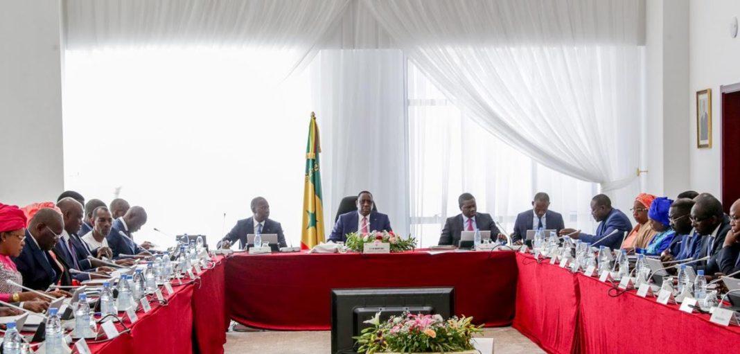 URGENT: Tout le gouvernement en vacance, ce mercredi y'aura pas de conseil des ministres.