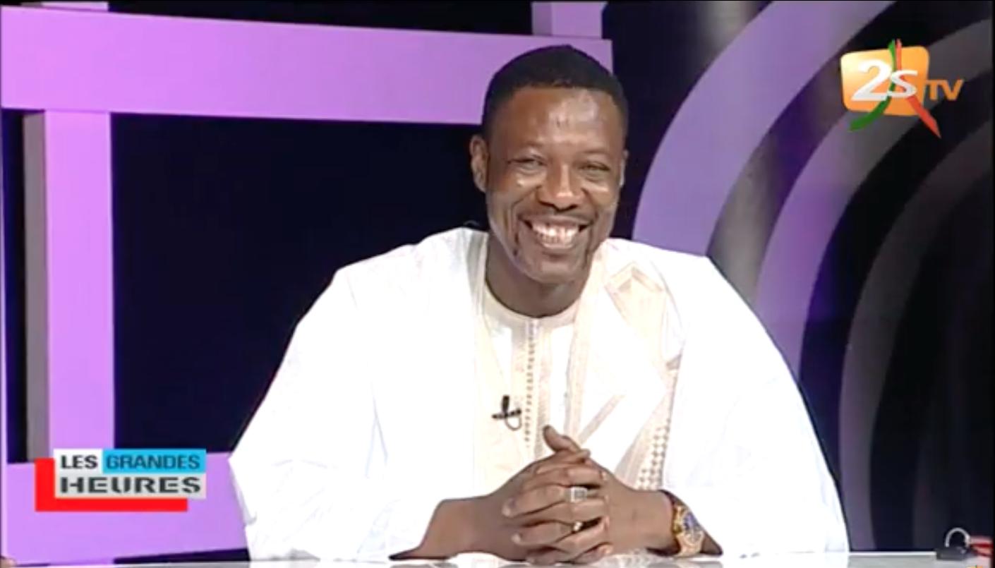 LES GRANDES HEURES,Hypocrisie des Sénégalais dans le milieu du Show biz sur les décés des célébrités (ZOULA TANOR DIENG ET SIDY LAMINE NIASSE): Tange Tandian clash sévèrement