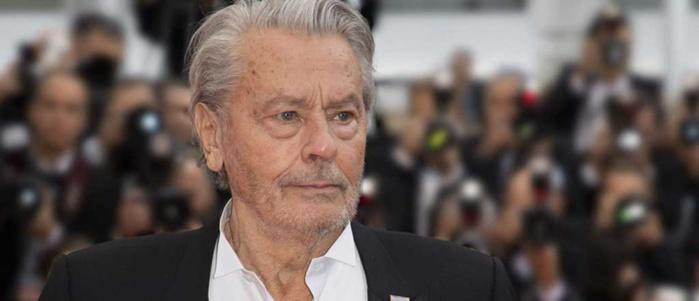Alain Delon hospitalisé: Pourquoi l'acteur est toujours «sous surveillance»