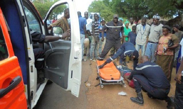 Urgent-Accident : un bus Tata tue un motocycliste à Diameguène