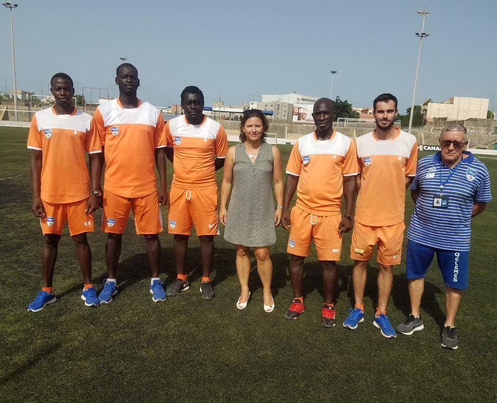 Visite de Mme Roxana MARACINEANU, Ministre des Sports à Dakar Sacré-Cœur (DSC) accompagnée par le Président de Paris 2024,Tony ESTANGUET, et du Directeur général de l'Agence Française de Développement, Rémy RIOUX