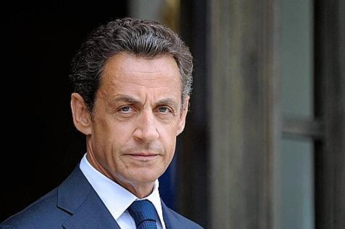 Nicolas Sarkozy : Cet accident d'avion qui a failli lui coûter la vie !