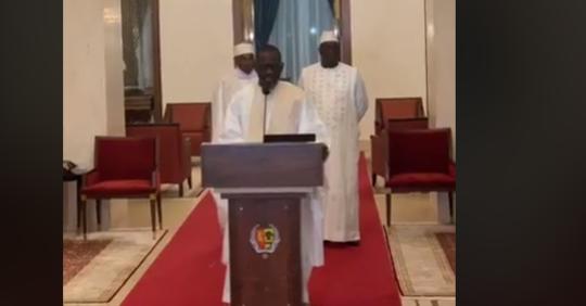 Palais – Voici la vidéo qui en dit long sur la rencontre entre Wade-Macky « Thiey Sénégal »