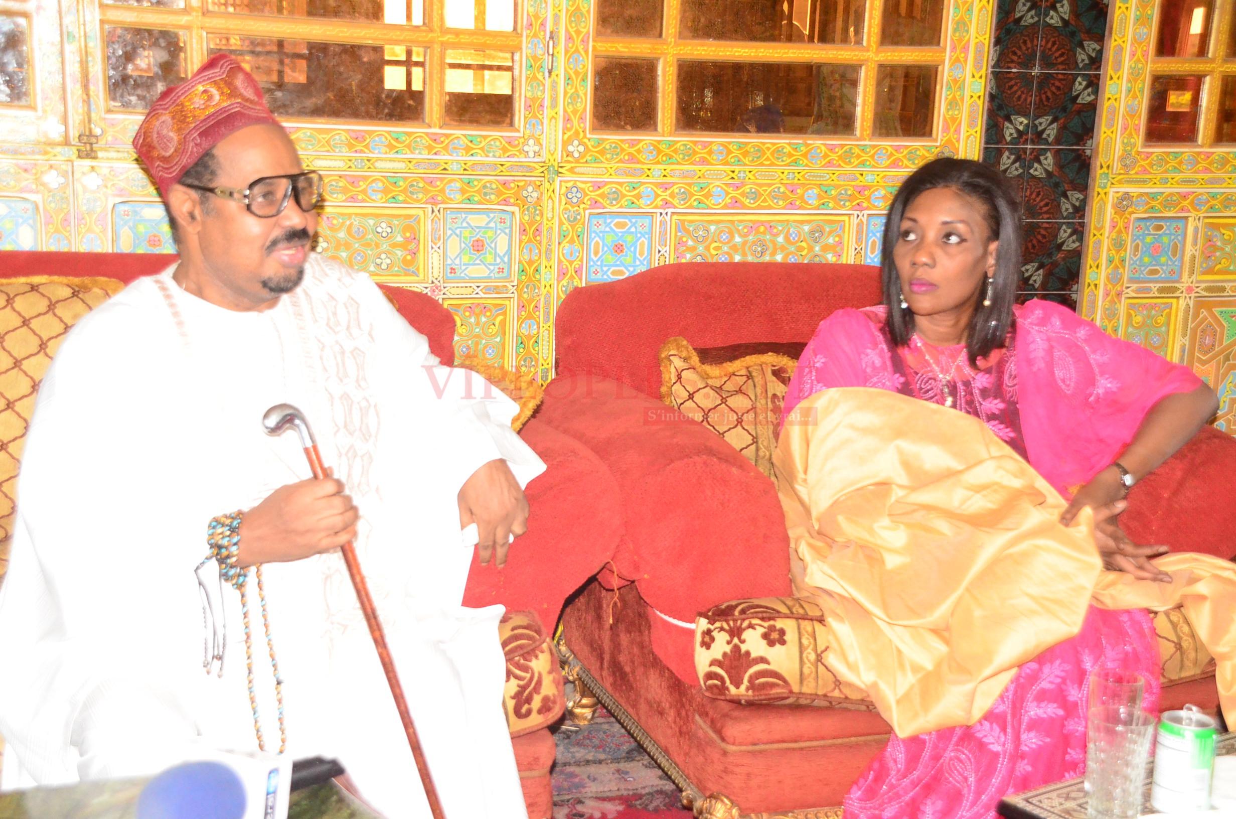 VIDEO: Enfin Ameth Khalifa Niasse parle de sa nouvelle épouse, Sokhna Oumou Sy Dabakh devant Khalifa Sall et clôt le débat.