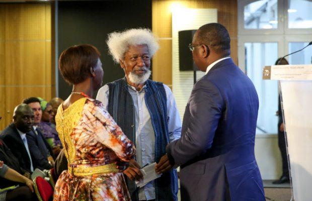 Photo : Le Président Macky Sall en compagnie de Wole Soyinka et du Secrétaire générale de l'Organisation internationale de la francophonie