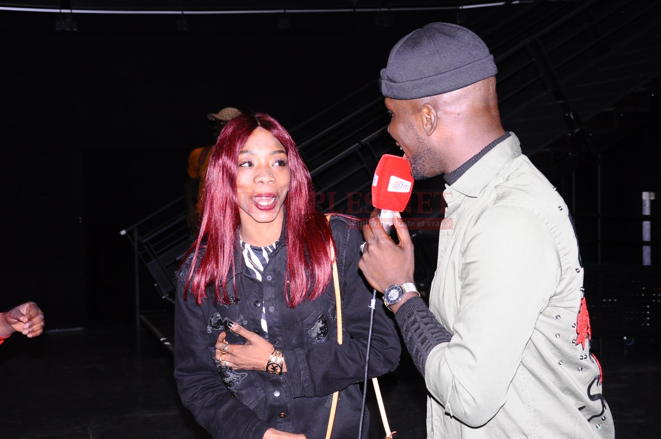Fatou Woré et Pendo Guissé viennent apporter leur touche au concert de waly Seck au Dôme de Paris