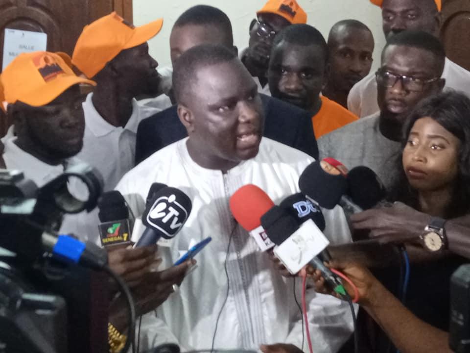 """Déthié Fall : « Idrissa Seck n'a jamais quitté le terrain politique, il est en action""""."""
