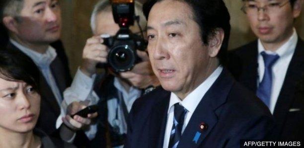 Japon:Un ministre japonais démissionne pour avoir offert des melons et des crabes à ses électeurs