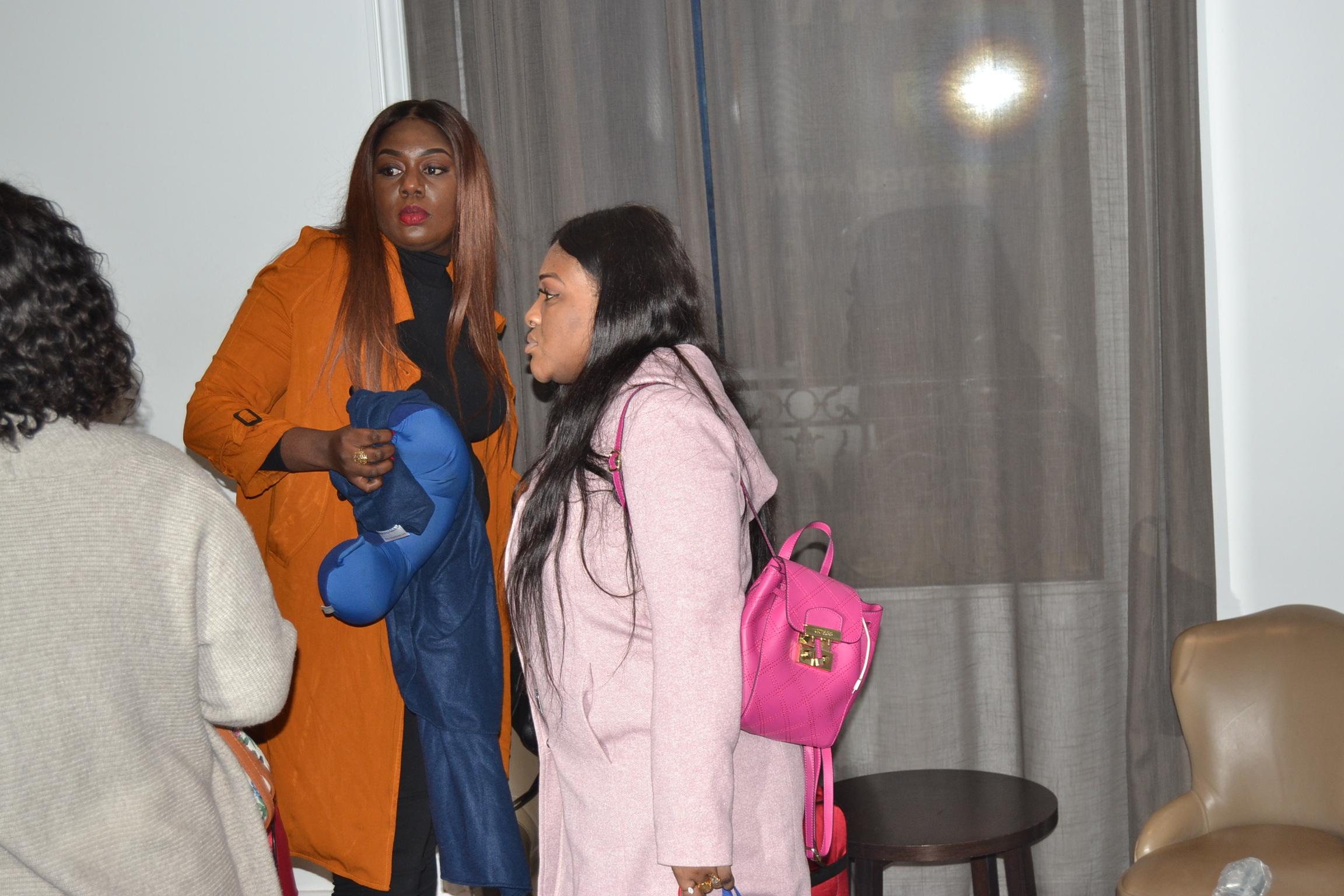 Préparation du gala African Leadership Award le staff de l'organisation de Promo Consulting à l'hotel Impériale de Paris