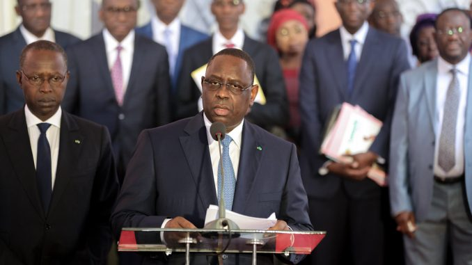 Signature des conventions financières au nom de l'Etat : Macky Sall ligote les ministres…