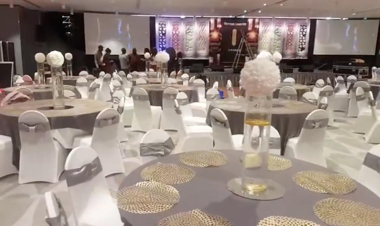 Jour J- 1de la plus prestigieuse soirée de Gala des African leadership Awards,voici la décor de la salle au Méridien Etoile de Paris