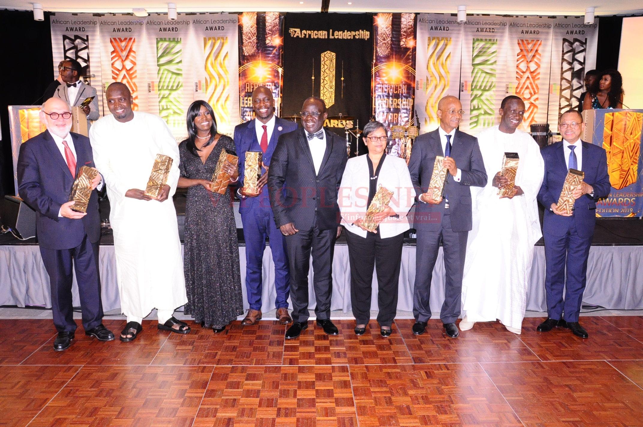 Remises des trophés aux récipiendaires African leadership Award a paris