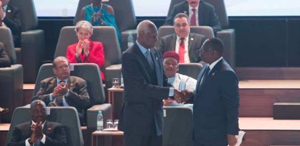 3e mandat : les mises en garde de Diouf à Macky Sall