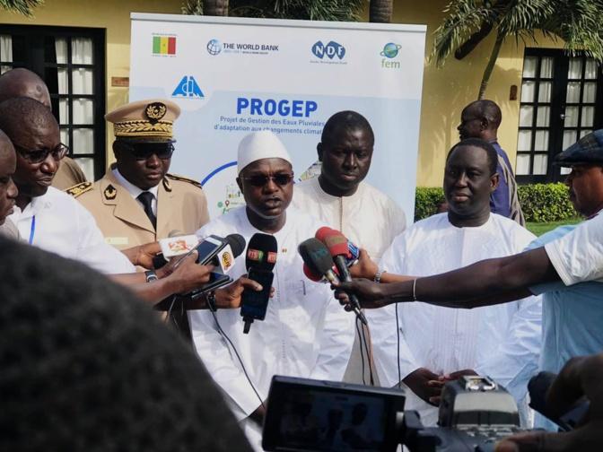 PROGEP : Le Ministre Oumar Gueye et le Président de l'AMS décernent un satisfecit au DG Cheikh Issa Sall