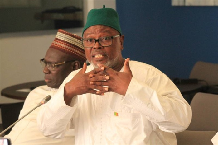 Débat autour du 3éme mandat : Alioune Tine compare Serigne Mbacké Ndiaye à un virus du Sida