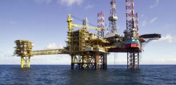 Sécurisation des installations pétrolières et gazières : l'Etat commande 3 bateaux militaires et des missiles pour 200 milliards à la France