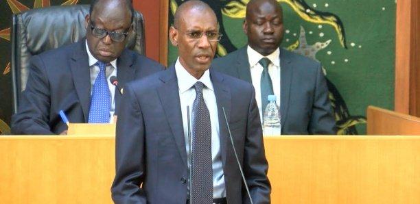 """Abdoulaye Daouda Diallo : """"Le niveau de la dette est viable et soutenable"""""""