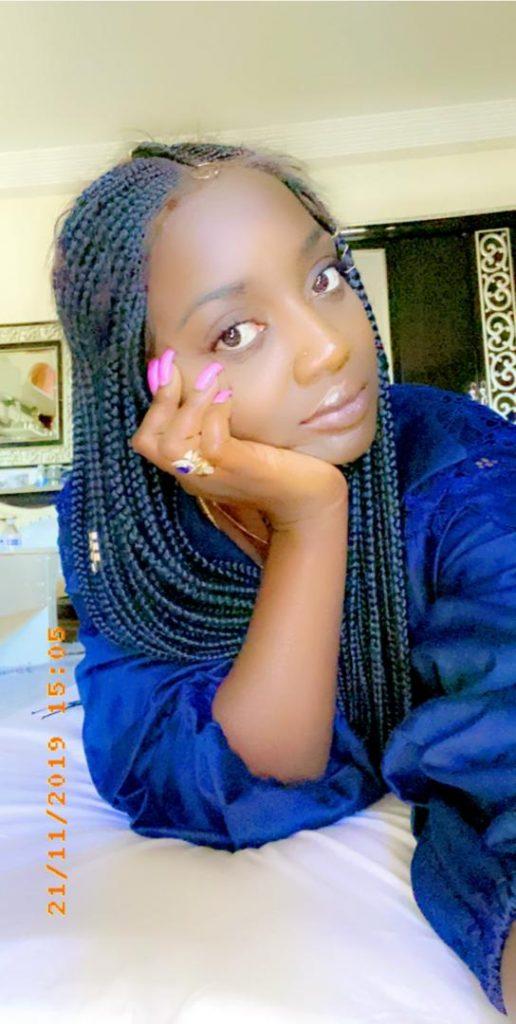 L'épicurienne Awa Baldé torride et vulgaire perd ses repéres (en montre beaucoup) affole les réseaux sociaux