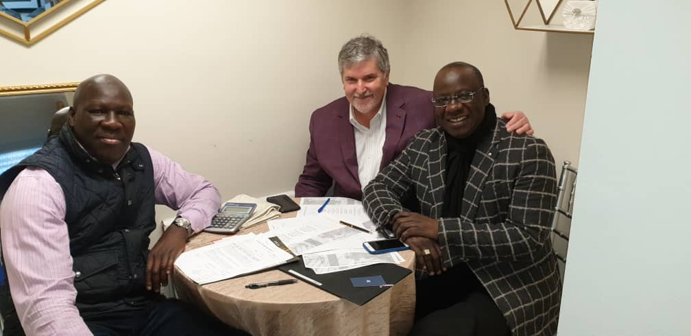 4ème Edition des African Leardership Awards prévue le 28 Novembre 2020 à New York, le président Mbagnick signe avec Yall Club.