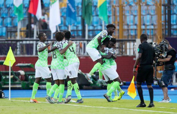 Un joueur nigérian engrosse la fille de son président, il est licencié par son club !