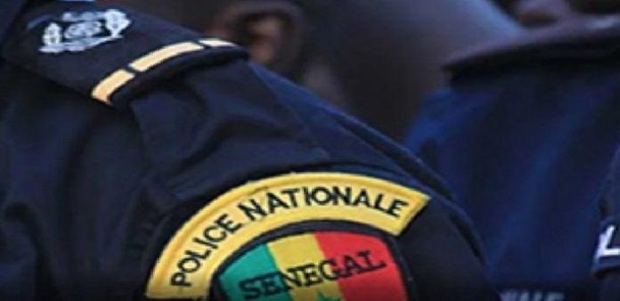 Sandaga: Un policier se donne la mort avec une paire de ciseaux