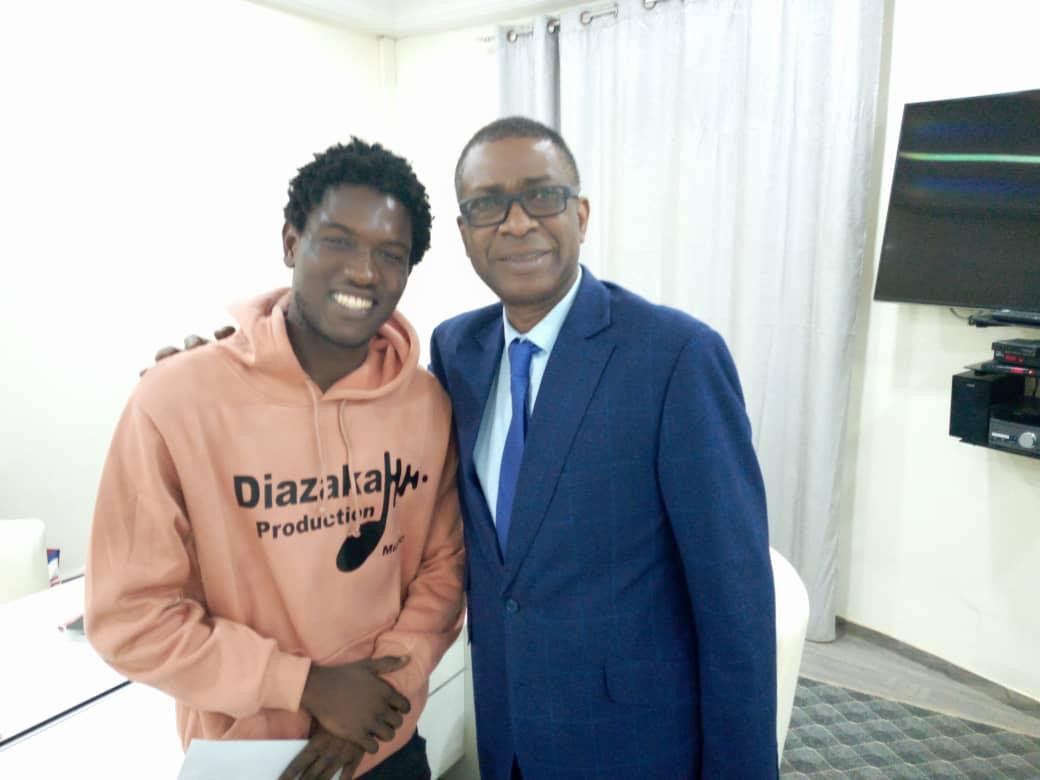 Arrêt sur image: Talla Diazaka en toute complicité avec la star planétaire Youssou Ndour
