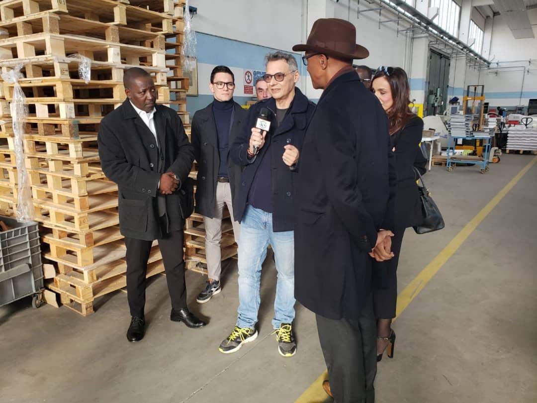 Abdoul Mbaye, ancien Premier ministre du Sénégal, économiste et consultant en stratégie industrielle et bancaire, invité par monsieur Casella a été reçu par l'organisation patronale des PME de Lombardie.