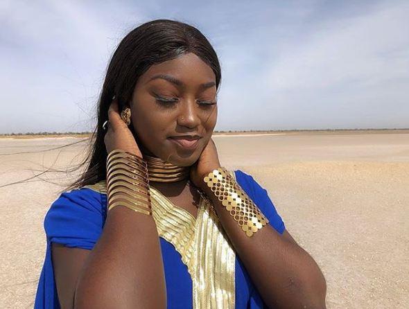 Yesni, la ravissante fille dans le nouveau clip de Youssou Ndour, fait sensation sur la toile