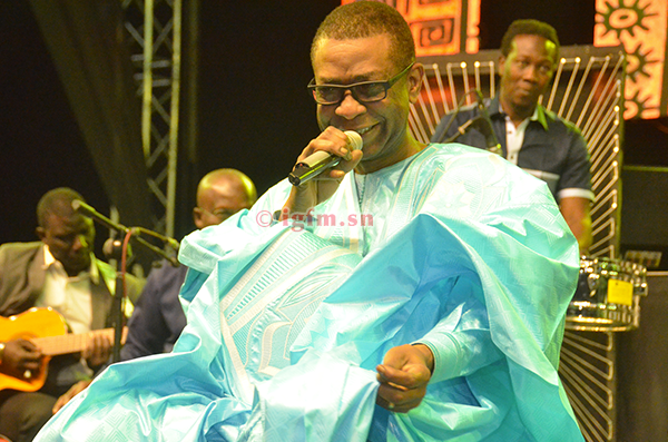 VIDEO - Grand Bal 2020 à Mbour: Youssou Ndour rend hommage à Doudou Seck « Yaye Katy »
