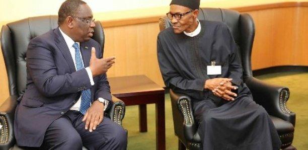 3ème mandat: Contrairement à Macky, Buhari met fin au débat
