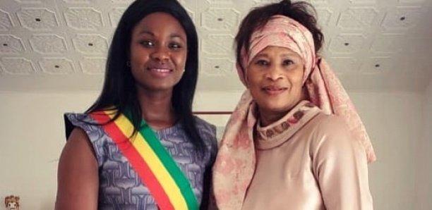 Assemblée nationale: Me Aissata Tall Sall remet officiellement son «écharpe» à Marième Soda Ndiaye