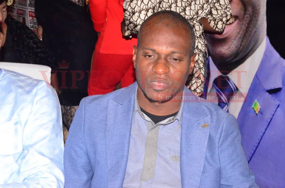 L'intégralité des images de la 11eme anniversaire de Rewmi quotidien du Pdt Mbagnick Diop qui désigne Me Moussa Sarr Homme de l'année.