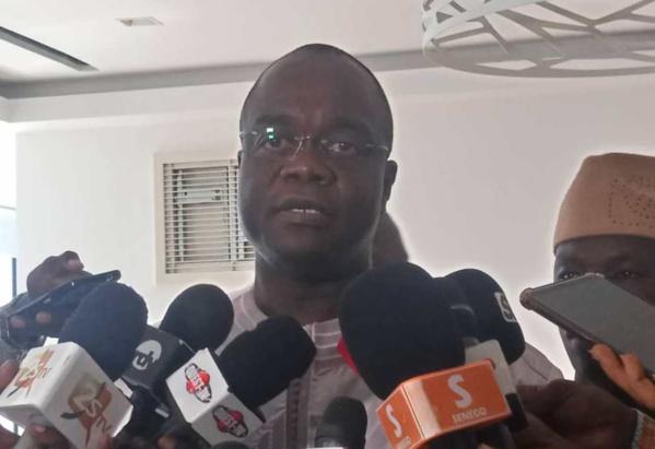 Dialogue national- Altercation entre l'opposition et le président: Le rajout de 40 membres dans le comité à l'origine