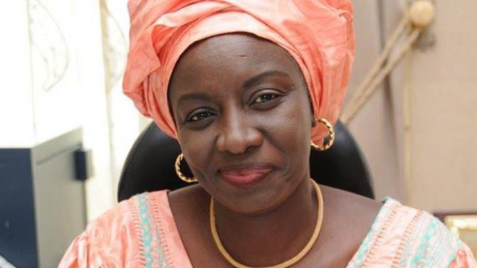 """Aminata Touré : """"Le trafic des faux médicaments est un carnage silencieux"""""""