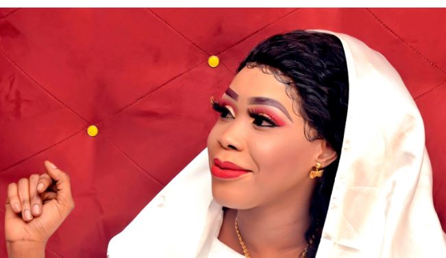 Voici les images exclusives du Mariage de la sublime Mame Awa Mbacké « princesse » la Fille de Cheikh Abdou Karim Mbacké à Thies;Regardez..