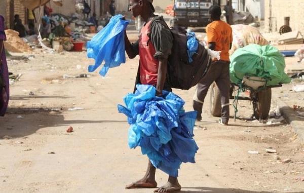 La nouvelle loi sur le plastique sera appliquée à partir du 20 avril prochain