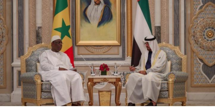 Photos : Signature du livre d'or avec le Président Macky Sall au Palais Royal Qasr Al Watson