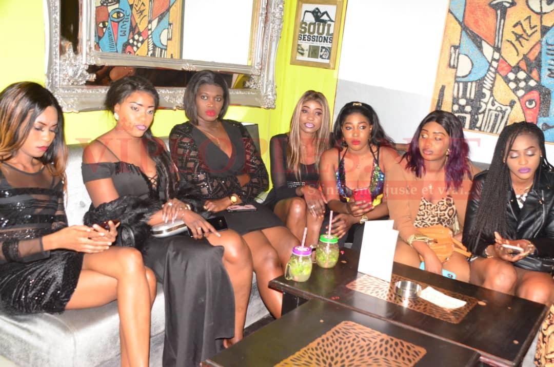 """60 PHOTOS """"Concours battré""""Les plus belles filles à la soirée du retour explosif de Sidy Samb à la Villa Cristal."""