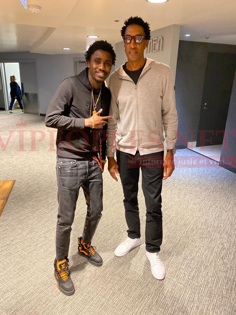 VIDÉO: Waly Seck rencontre le PDG de la SEDIMA Babacar Ngom avant le match All Star Gamme à Chicago.