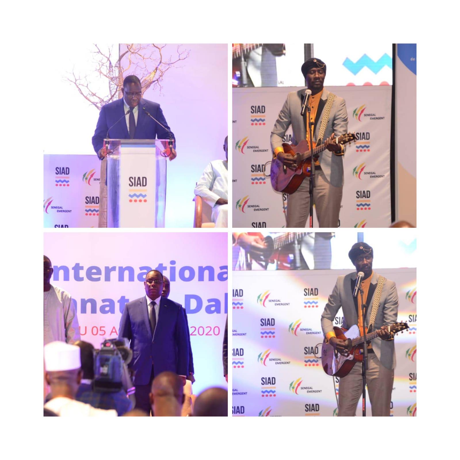 """VIDÉO: Carlou D encense le président Macky Sall à la cérémonie d'ouverture du SIAD avec """"NIAM NIAMAT, NIAMATTI """" Macky ya niou doy"""
