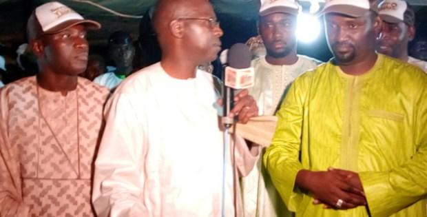 Aly Ngouille Ndiaye pêche du côté de Samba Ndiobène Kâ