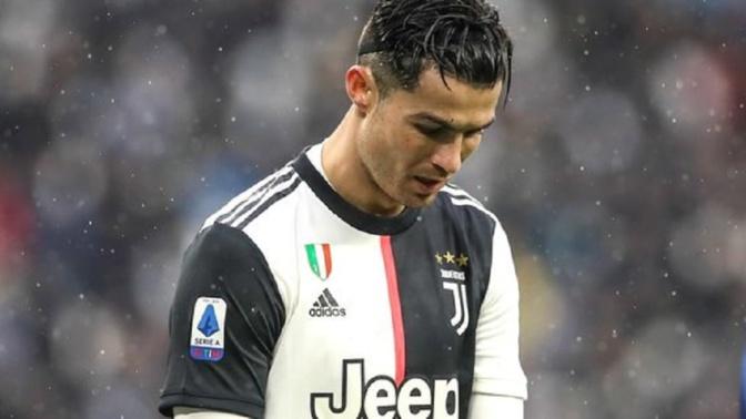 Coronavirus : Cristiano Ronaldo en quarantaine au Portugal
