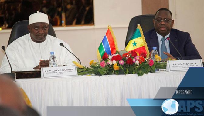 Libre circulation des personnes et des biens: Macky Sall et Adama Barrow appellent au respect des règles