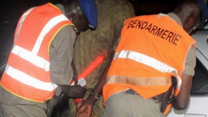 Kawtef-Confiné à la gendarmerie, il vole le sac d'une dame