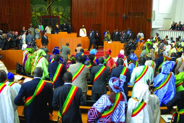 Covid-19/Vote de la loi d'habilitation: L'Assemblée nationale convoque 33 députés pour ce travail