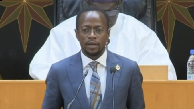 Assemblée nationale : Abdou Mbow propose la suppression de l'amendement « juridique » et « tous ordres » dans la loi d'habilitation.