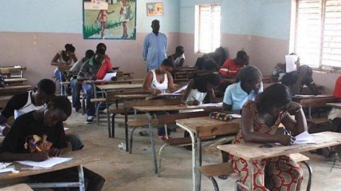 Urgent- La Date de reprise des cours pour les élèves en classe d'examen connue!